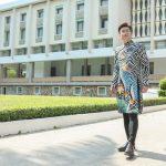 Sỹ Luân trẻ trung, tràn đầy năng lượng trong BST Đại sứ Áo dài VN của NTK Việt Hùng